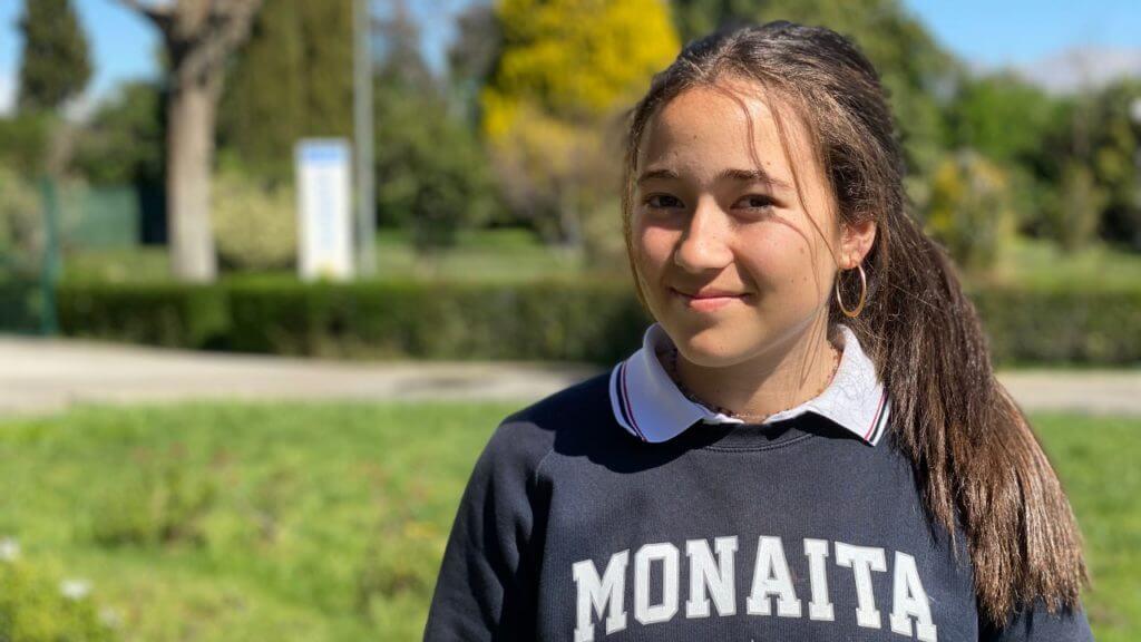 Isabel, alumna del colegio Monaita-Mulhacén con Premio Extraordinario de ESO.