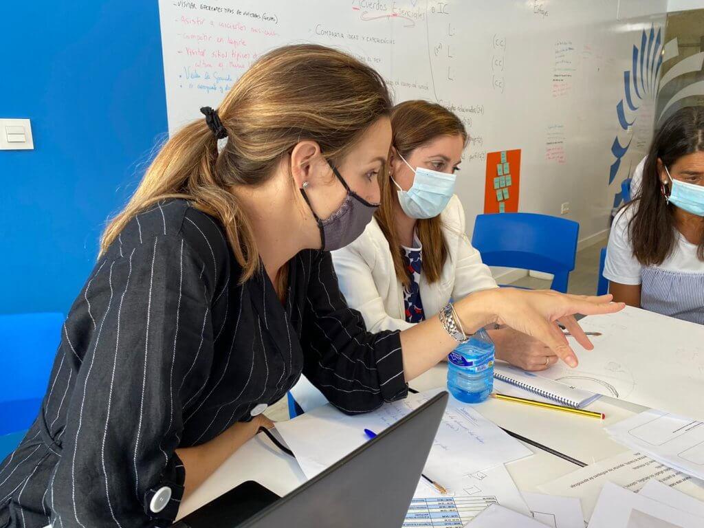 Profesores de Monaita-Mulhacén formándose en metodología IB.