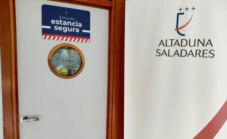 Zona de estancia segura y acceso a telepediatría en Altaduna-Saladares