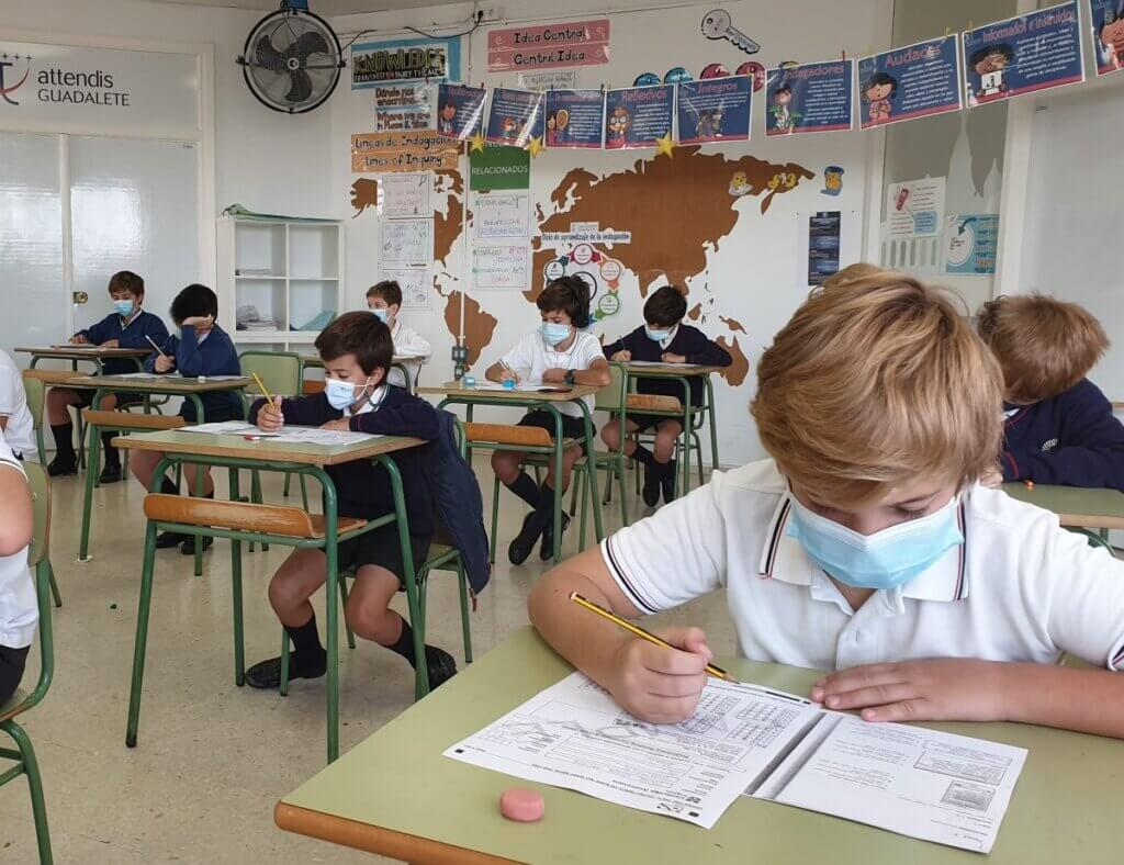 Alumnos de Guadalete realizando el simulacro Mock Exam