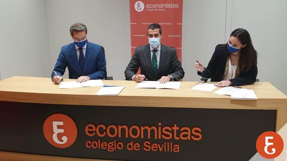 Firma del Convenio entre el Colegio de  Economistas de Sevilla y el Colegio Adharaz-Altasierra