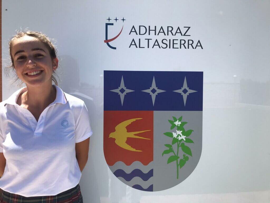Alumna Adharaz-Altasierra