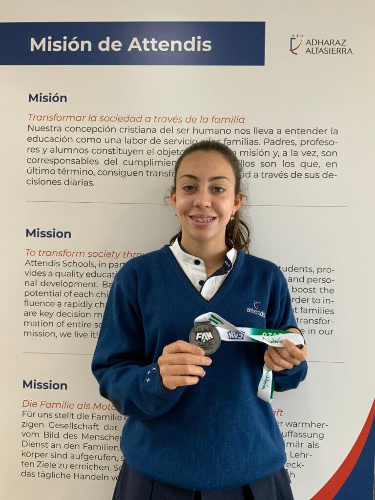 Alumna Adharaz-Altasierra. Natación