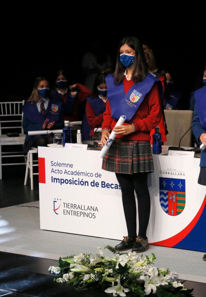 Marta alumna de Tierrallana-Entrepinos. Selectividad 2021 PEvAU
