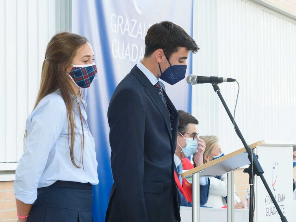 Alumnos de Grazalema-Guadalete durante la presentación del Solemne Acto Académico de Imposición de Becas de Educación Infantil