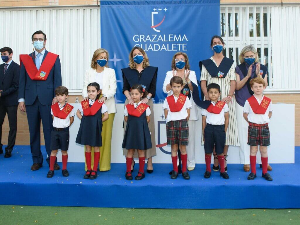 El equipo directivo de Grazalema-Guadalete durante la presentación del Solemne Acto Académico de Imposición de Becas de Educación Infantil